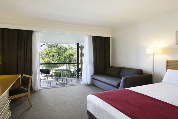 NovotelTwinWaters-Accommodation.jpg